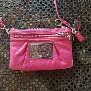Coach POPPY hot pink crossbody bag